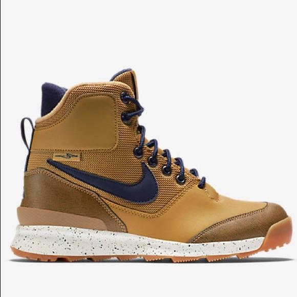 BOYS  Nike Stasis ACG GS. M 5b8d89ac1e2d2d06ee3b3bf9 54eb5fc71e